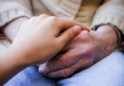 stockfresh_1489482_young-holding-seniors-hands_sizeXS-min.jpg